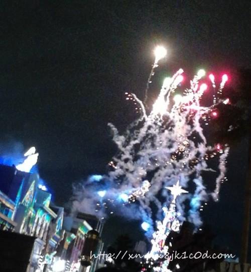 USJクリスマスショーの花火