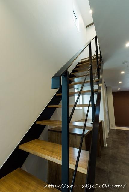 階段の全景