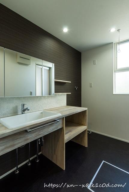 1階の洗面台