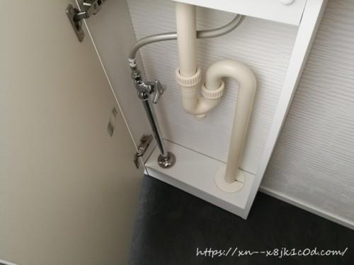 トイレの下の収納